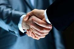 دوره فروشندگی حرفه ای و مذاکره، یکی از مهم ترین دوره ها برای فروشندگان است. یک فروشنده باید با اصول مذاکره آشنا باشد تا بتواند بهترین مذاکره را انجام دهد.