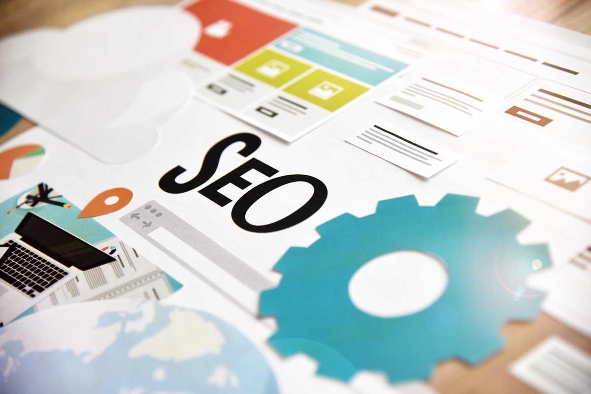 سئو (SEO) به معنای بهینه سازی سایت برای موتورهای جستجو است. برای بهینه سازی سایت باید قوانین گوگل برای سئوی (SEO) سایت در تمام جنبه های یک وب سایت رعایت شود