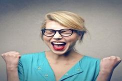 هوش هیجانی و مدیریت احساسات یکی از مهم ترین مهارت هایی است که هر شخص باید آن را کسب کند تا بتواند احساسات خود را کنترل نموده و در نهایت بتواند بهترین تصمیمات را بگیرد.