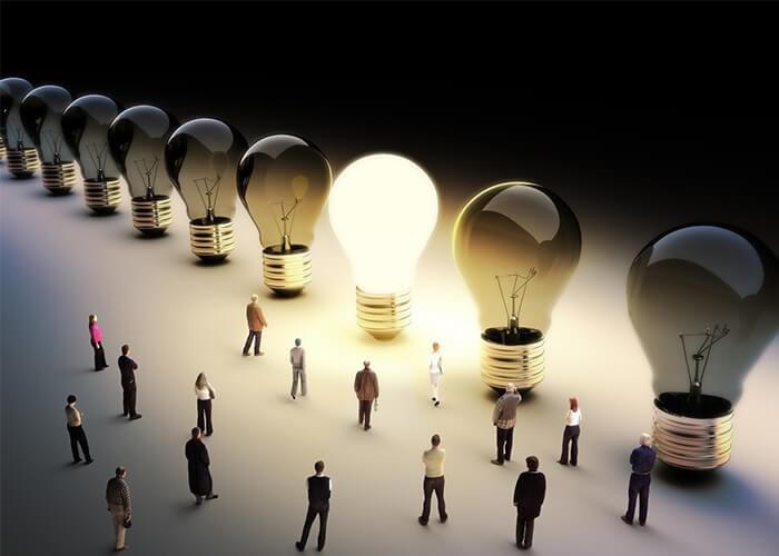 برندینگ روشی برای متمایز کردن خودتان از شرکتهای رقیب است و برندسازی ایجاد آگاهی و ارتقای اعتبار یک فروشگاه یا شرکت است. (تفاوت برندینگ و برندسازی)